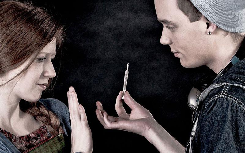 Легализация приводит к сокращению потребления марихуаны среди подростков